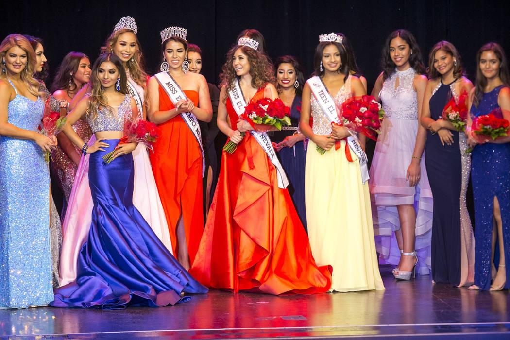 Las reinas salientes y todas las participantes de la segunda edición de Miss El Tiempo Nevada recibieron el aplauso de los asistentes al término del evento. Sábado 4 de agosto en el hotel y cas ...