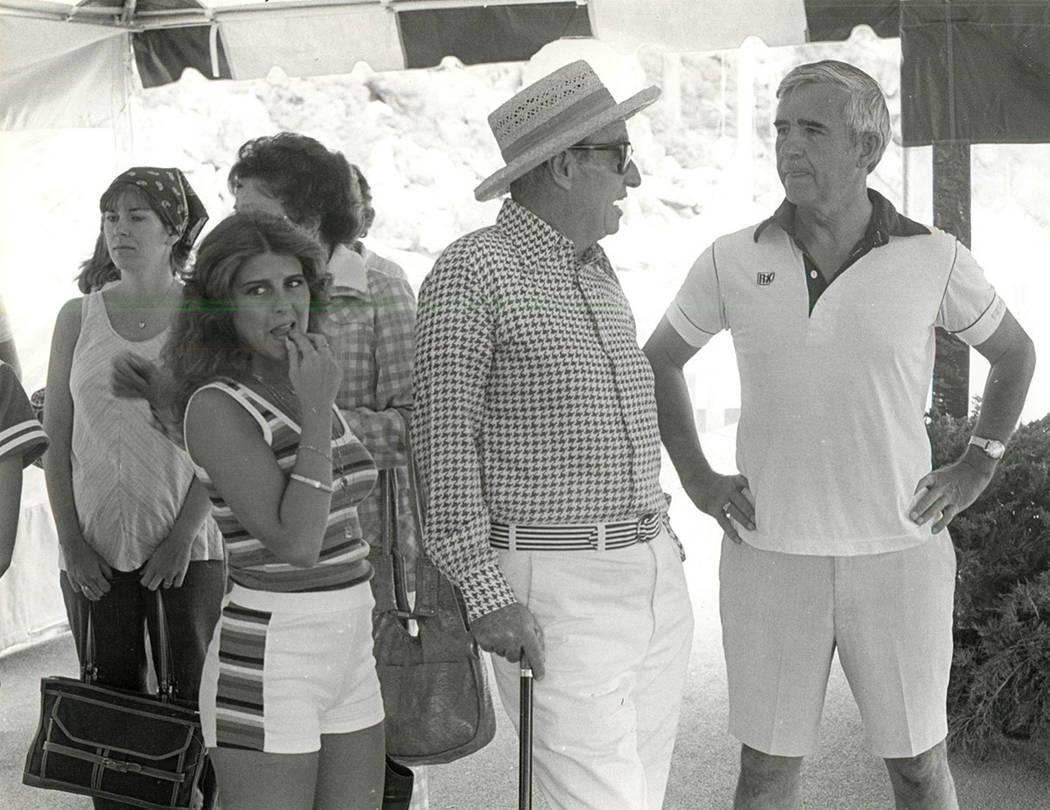 De izquierda a derecha, Carol Laxalt, Oliver Vanderbilt y el senador Paul Laxalt. (Foto de archivo / Las Vegas Review-Journal)