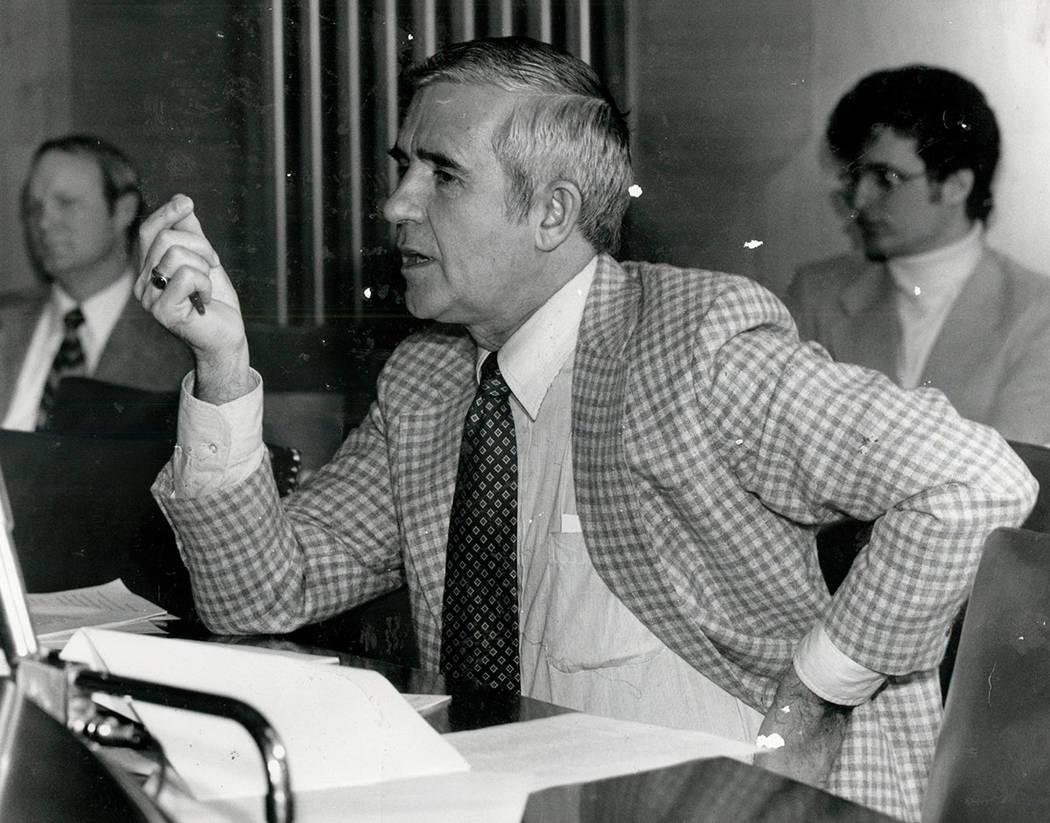 Paul Laxalt 2 de noviembre de 1982 (foto de archivo / Las Vegas Review-Journal)