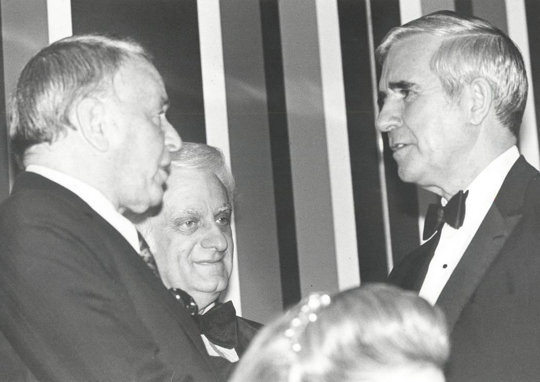 Frank Sinatra, Harry Wald y Paul Laxalt (Foto de archivo / Las Vegas Review-Journal)