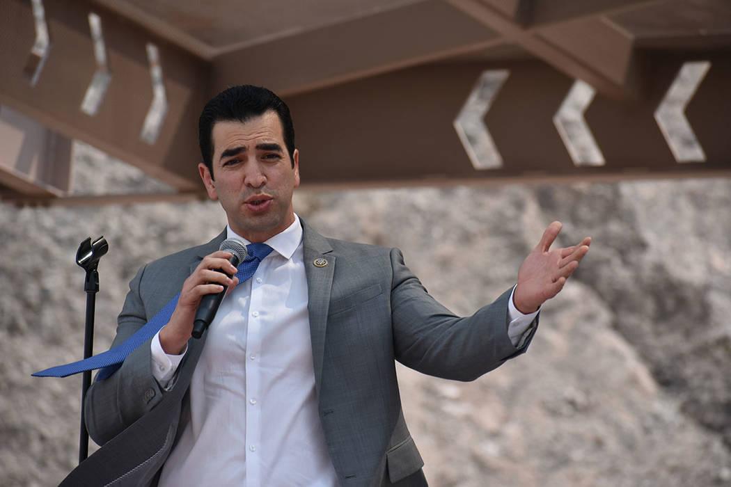 El congresista Rubén Kihuen recordó que este proyecto se generó en el 2013 gracias a la participación de legisladores federales y estatales. Jueves 9 de agosto de 2018 en Boulder City, Nevada. ...