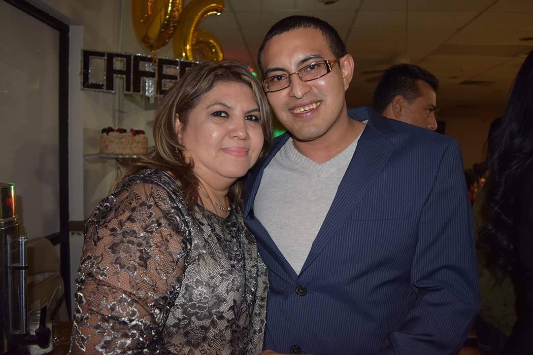 Dina Romero y su hijo Nelson. [ Foto Cortesía ]