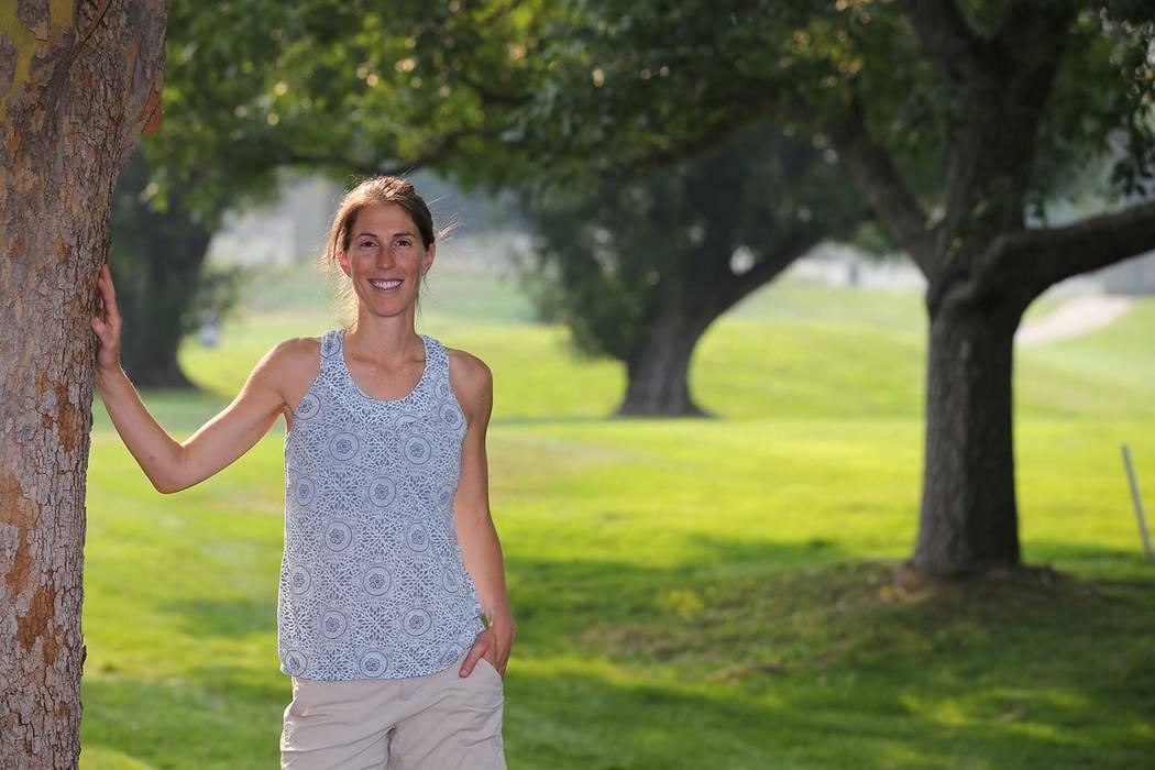 Alicia Arnott, de Reno, comenzó a combatir la ortorexia y la anorexia cuando tenía 15 años. Ahora de 33, Arnott reflexiona sobre cómo el estímulo de los seres queridos y la representación me ...
