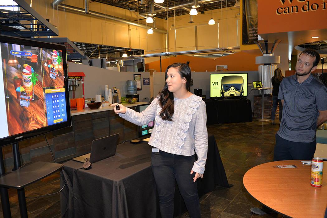 La elaboración de contenidos audiovisuales es muy importante para competir en el mercado. Martes 14 de agosto de 2018, en la Expo de Innovación Tecnológica. Foto Frank Alejandre / El Tiempo.