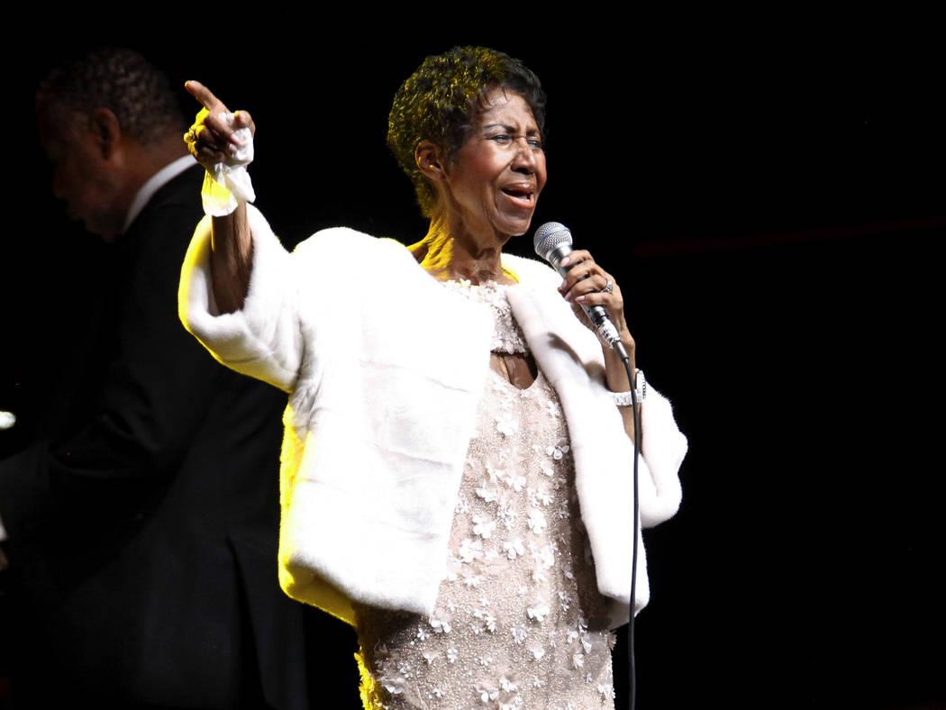 Aretha Franklin asiste a la Gala del 25 Aniversario de la Elton John AIDS Foundation en Nueva York, el 7 de noviembre de 2017. Franklin murió el jueves 16 de agosto de 2018 en su casa en Detroit. ...