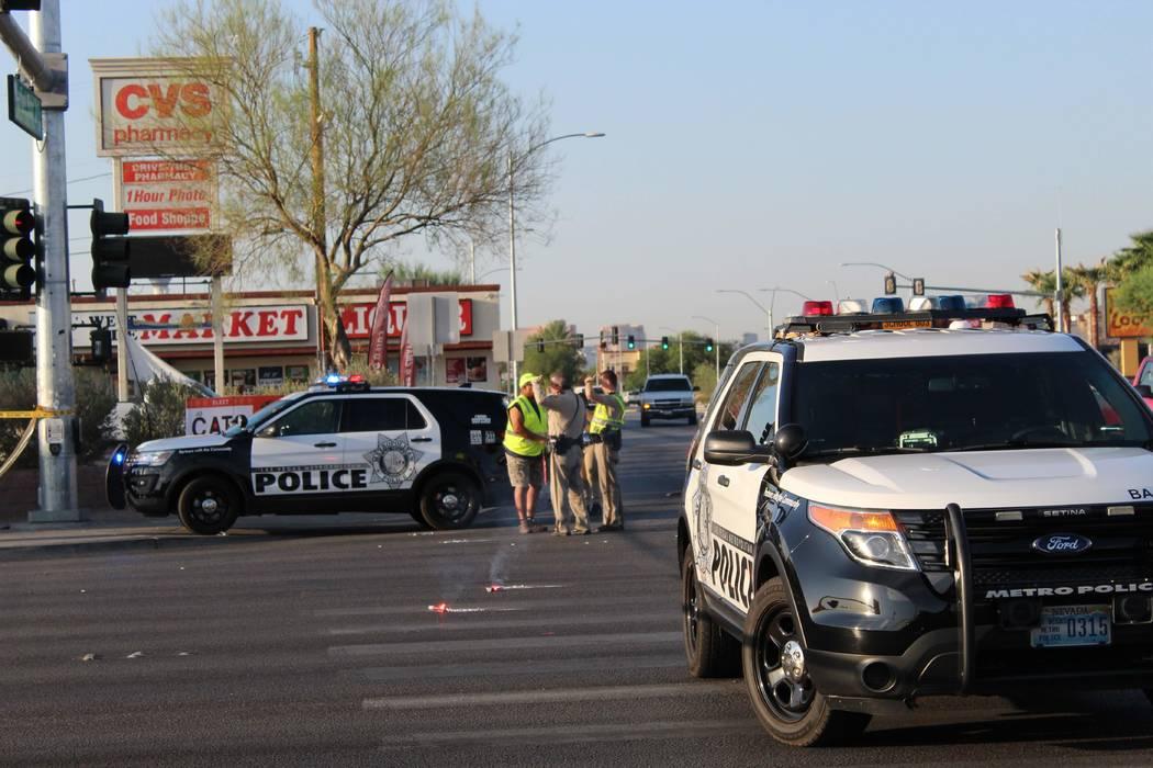 Un ciclista fue hospitalizado con lesiones que amenazan su vida luego de un accidente ocurrido el jueves 16 de agosto de 2016 en el valle central. (Max Michor / Las Vegas Review-Journal)