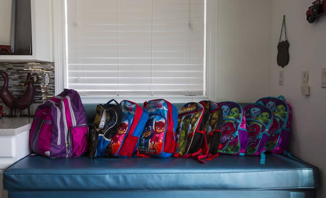 Mochilas pertenecientes a los hijos de Deon Derrico en su casa de North Las Vegas el miércoles 15 de agosto de 2018. Chase Stevens Las Vegas Review-Journal @csstevensphoto
