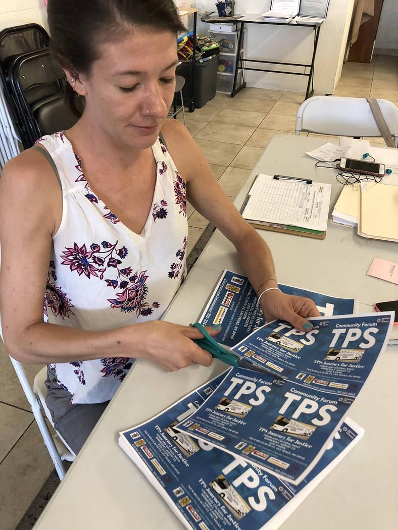 """Bliss Requa-Trautz, directora del Centro de Trabajadores de LV, colabora con la campaña """"TPS Viaje por la Justicia"""". El 15 agosto de 2018. Foto Valdemar González / El Tiempo - Contribuidor."""
