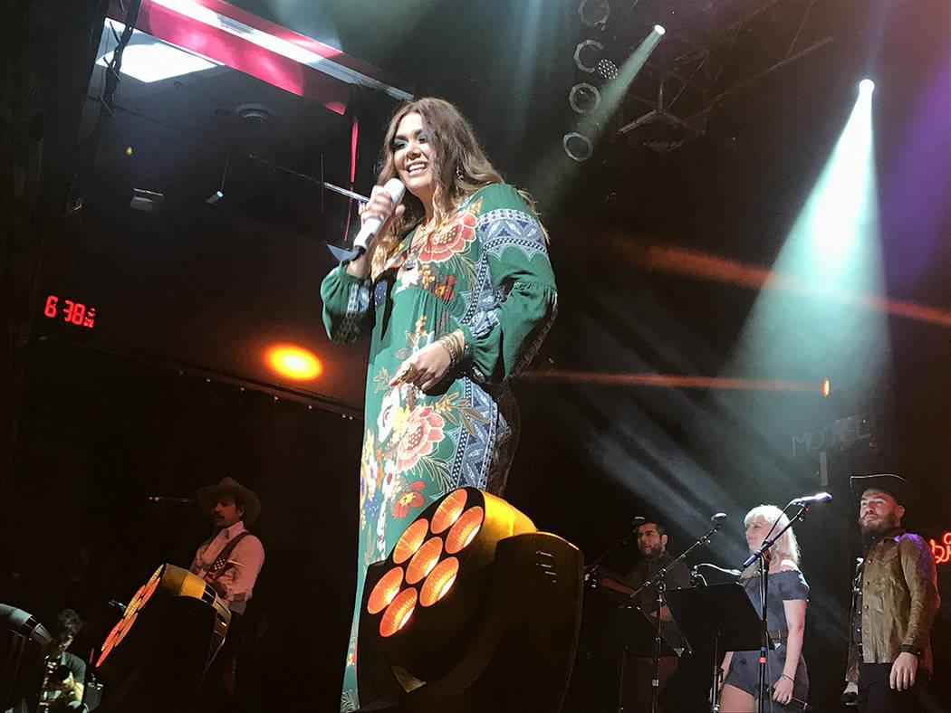 Amigos no por favor', 'Ángel' y 'Maldita primavera', fueron las canciones más esperadas en el concierto de Yuridia. Jueves 16 de agosto de 2018 en House of Blues. Foto Anthony Avellane ...