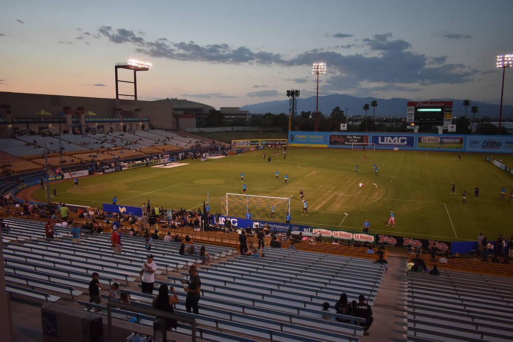Imagen del estadio una hora antes de iniciar el partido Las Vegas vs Phoenix. Sábado 18 de agosto de 2018 en el estadio Cashman. Foto Anthony Avellaneda / El Tiempo.