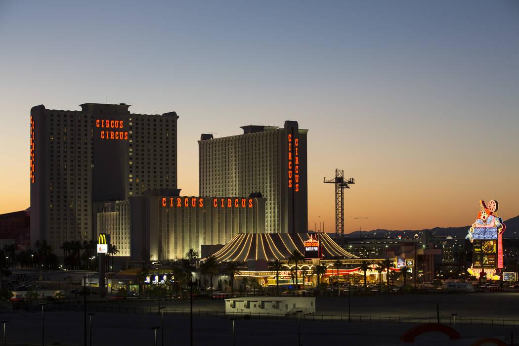 MGM's Circus Circus hotel-resort al atardecer en Las Vegas el jueves 21 de junio de 2018. Richard Brian Las Vegas Review-Journal @vegasphotograph