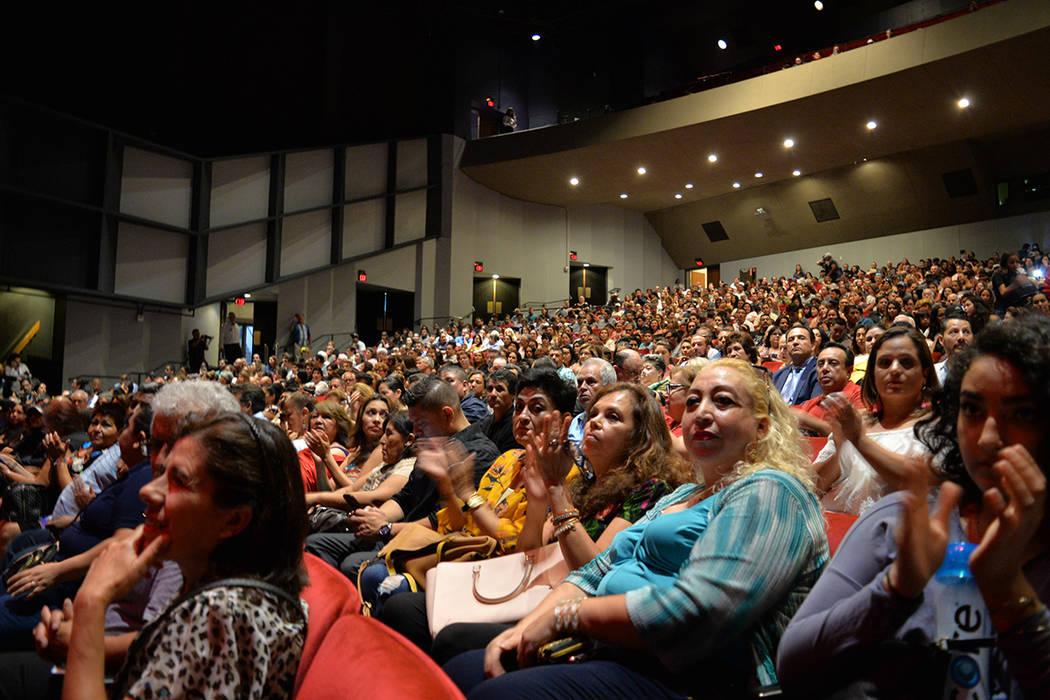 El público se hizo presente en la función inaugural de la gira México en el Corazón 2018 en Las Vegas. Viernes 17 de agosto de 2018 en el Artemus W. Ham Concert Hall de UNLV. Foto Frank Alejan ...