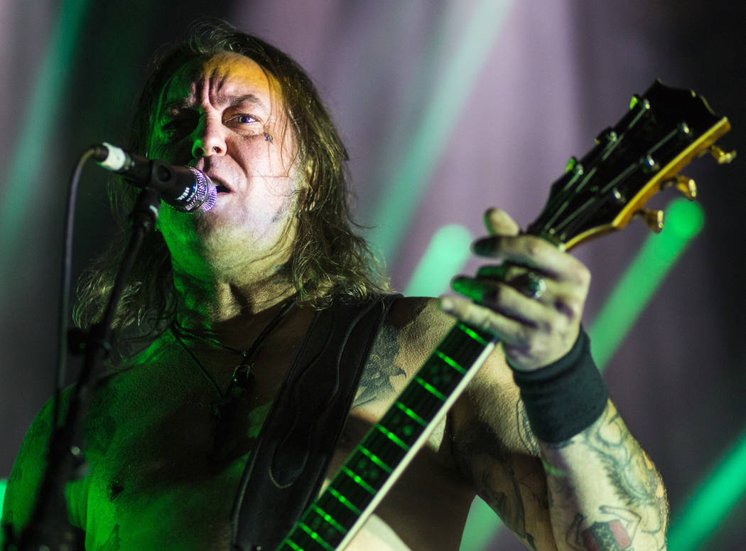 Matt Pike de High on Fire toca en The Joint durante el festival de música Psycho Las Vegas en el Hard Rock Hotel de Las Vegas el viernes 17 de agosto de 2018. Chase Stevens Las Vegas Review-Journ ...