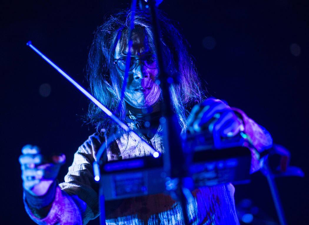 Hiroyuki Takano de Church of Misery se presenta en The Joint durante el festival de música Psycho Las Vegas en el Hard Rock Hotel de Las Vegas el viernes 17 de agosto de 2018. Chase Stevens Las V ...