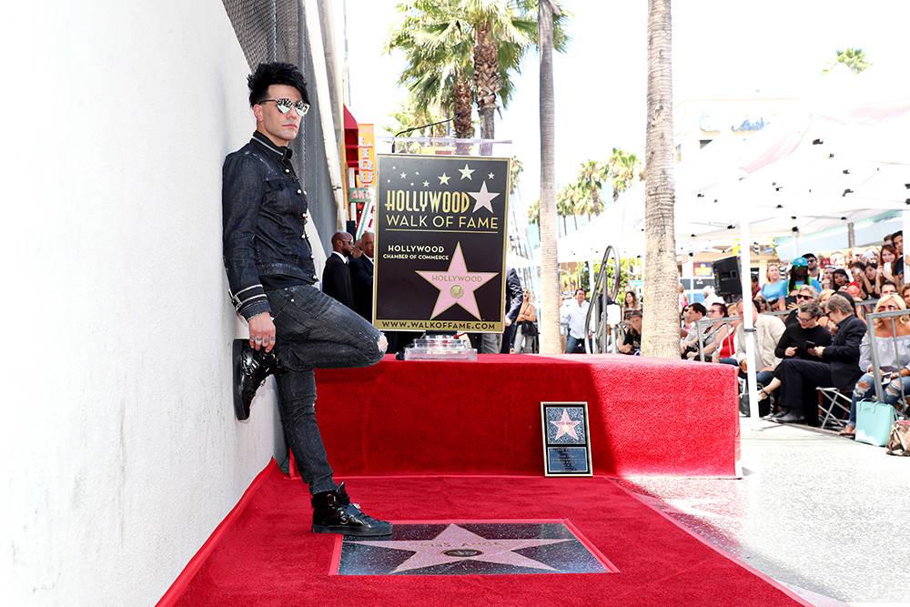 El protagonista de Las Vegas, Criss Angel, obtuvo una estrella en el Paseo de la Fama de Hollywood en honor al 20 de julio junto al Hollywood Roosevelt Hotel en Hollywood Boulevard. (Chelsea Lauren)