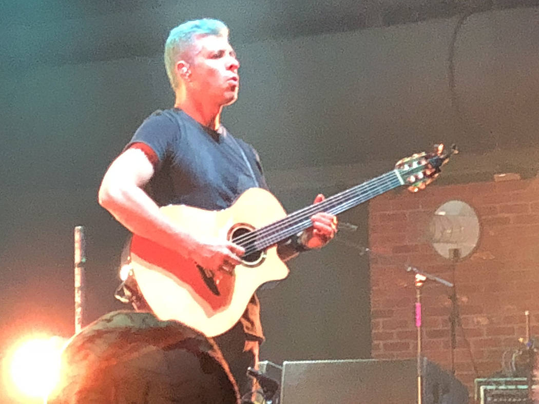 Rodrigo Sánchez, guitarrista líder. El 24 de agosto de 2018 en el Brooklyn Bowl de Las Vegas. Foto Valdemar González / El Tiempo - Contribuidor.