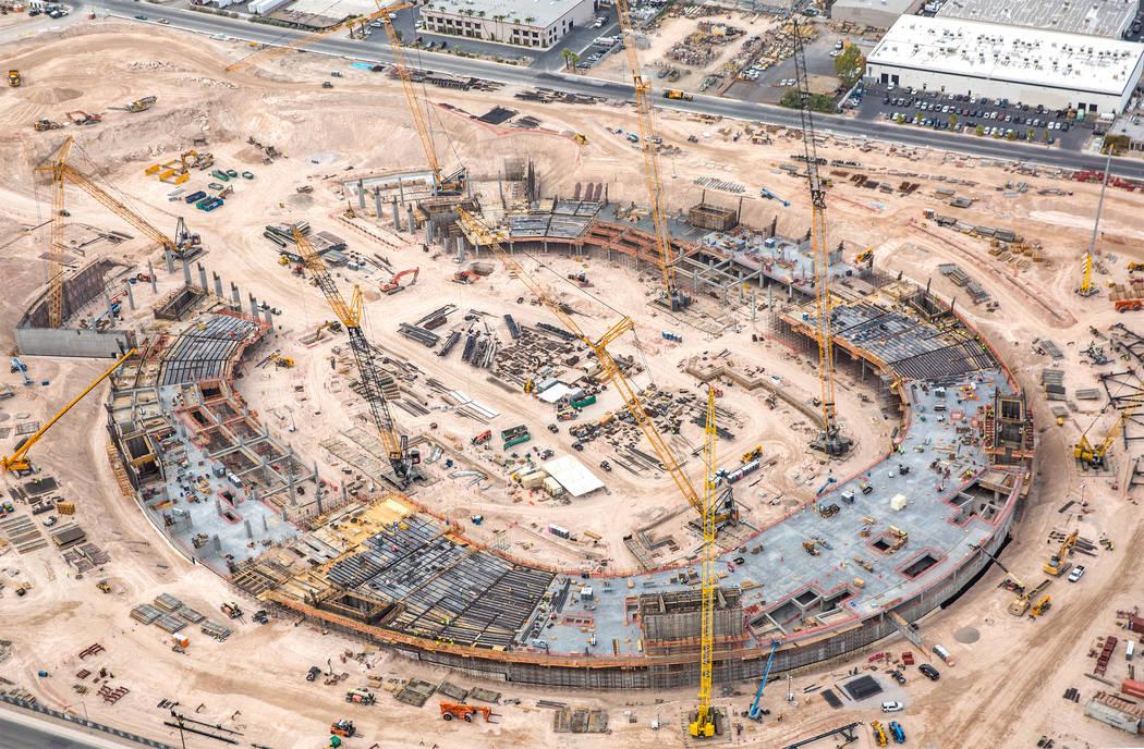 El sitio del futuro estadio Raiders el miércoles, 22 de agosto de 2018, en Las Vegas. Benjamin Hager Las Vegas Review-Journal @benjaminhphoto