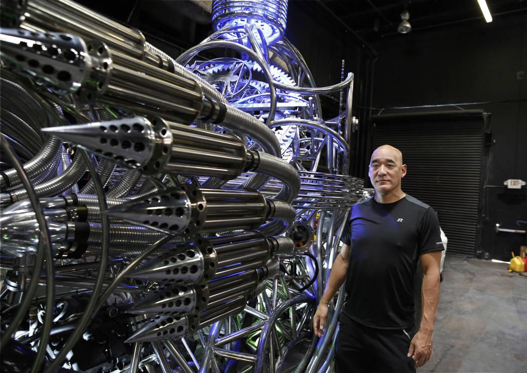 Henry Chang, propietario de Henry Chang Design, se sienta en su vehículo Valyrian Steel mientras posa para una foto el martes 14 de agosto de 2018 en Las Vegas. Bizuayehu Tesfaye / Las Vegas Revi ...