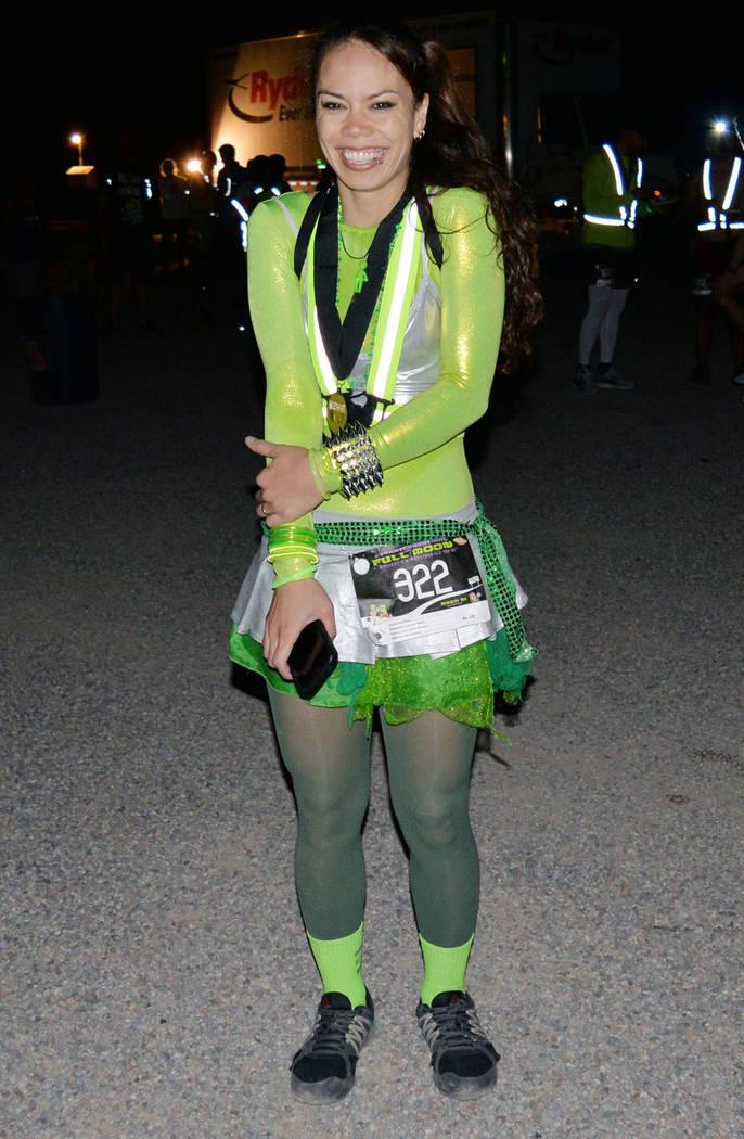 Aleta Ewing, de 30 años de edad, hizo 51:26 en la división de 10 kilómetros. Domingo 26 de agosto de 2018 en Rachel, Nevada. Foto Frank Alejandre / El Tiempo.