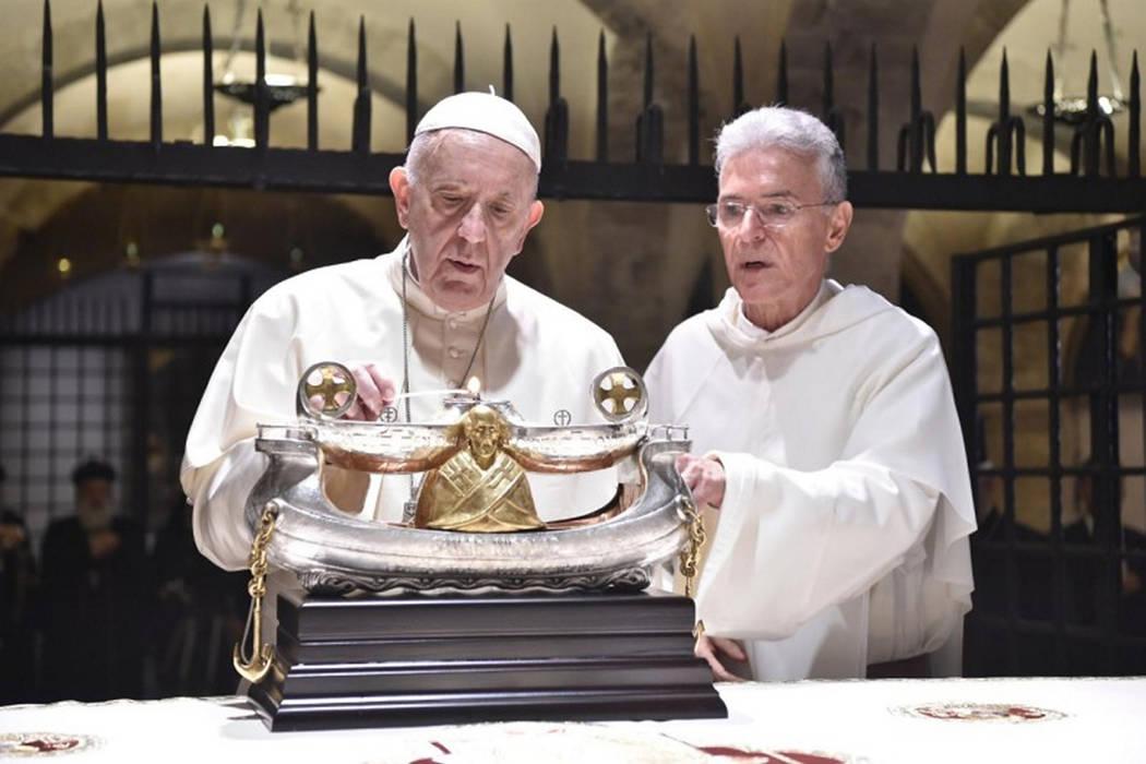 Archivo. Ciudad del Vaticano, 7 Jul 2018 (Notimex-Especial).- El Papa Francisco realizó una visita relámpago a la localidad italiana de Bari, donde encabezó una inédita jornada de oración y d ...