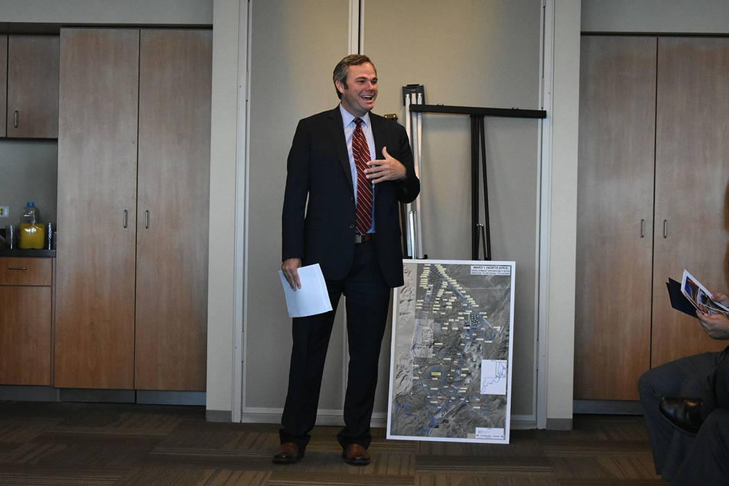El gerente del Ayuntamiento de North Las Vegas, Ryann Juden, hizo énfasis en la generación de empleos. Jueves 30 de agosto en el edificio municipal de North Las Vegas. Foto Anthony Avellaneda / ...