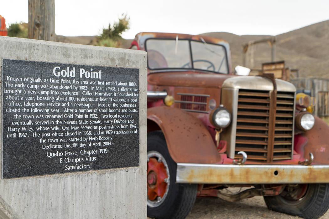 El letrero de bienvenida de Gold Point fotografiado en Gold Point, martes 4 de septiembre de 2018. Después de una disputa de propiedades de décadas, la Oficina de Administración de Tierras ha a ...