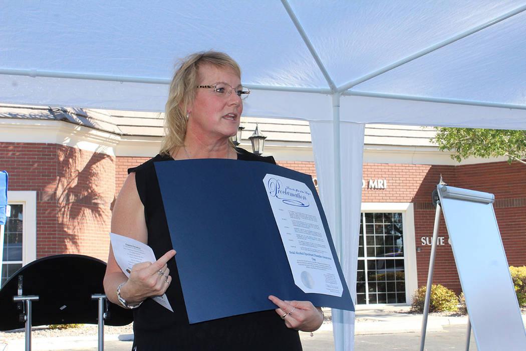 La directora del Centro Ackerman, la doctora Julie Beasley, informó que el 9 de septiembre es el Día Mundial de la prevención de EAF. Sábado 8 de septiembre de 2018, en el Centro Ackerman. Fot ...