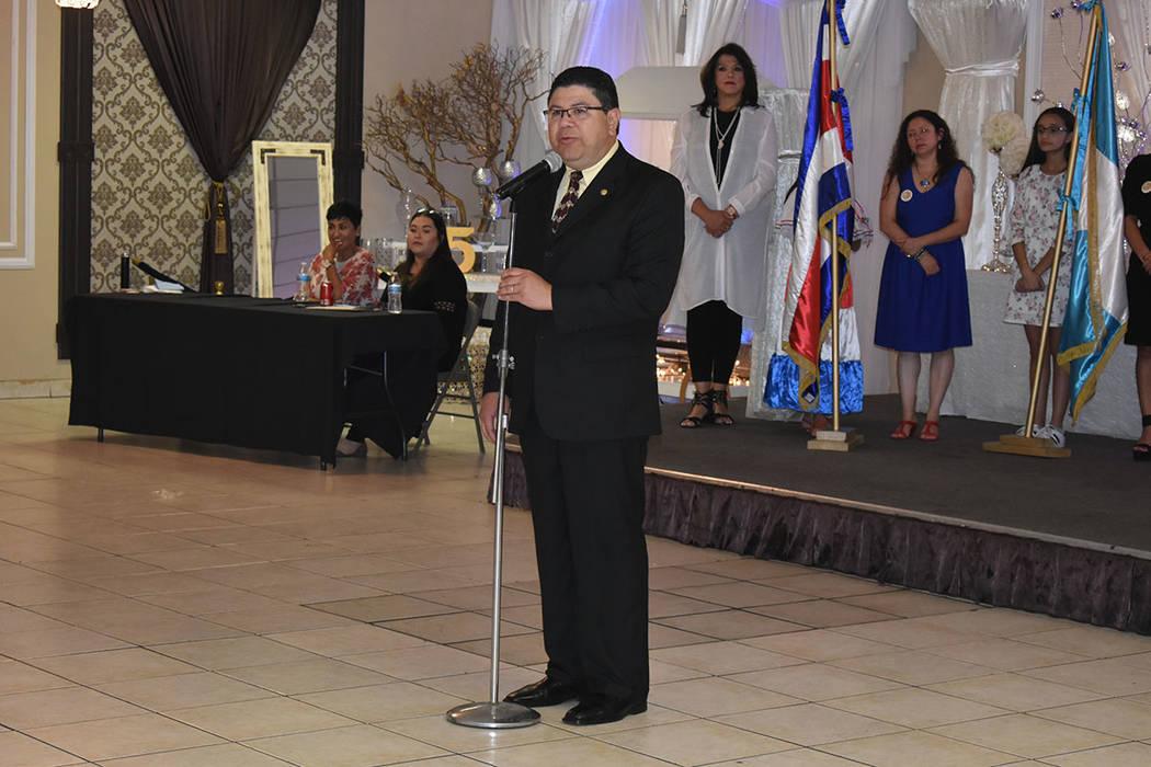"""""""Son 197 años que nuestros países nacieron a la vida pública decidiendo ser repúblicas"""": Tirso Sermeño, cónsul de El Salvador en Las Vegas. Domingo 9 de septiembre de 2018 en el salón L ..."""