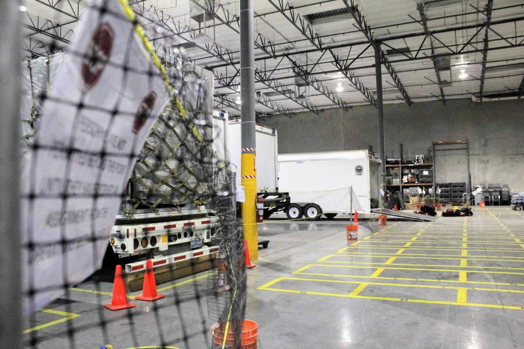 La NVTF1 envió un equipo de 16 especialistas en agua con cuatro camiones y remolques cargados con botes, suministros médicos, equipo de cuerdas y un vehículo todoterreno para ayudar a los equip ...