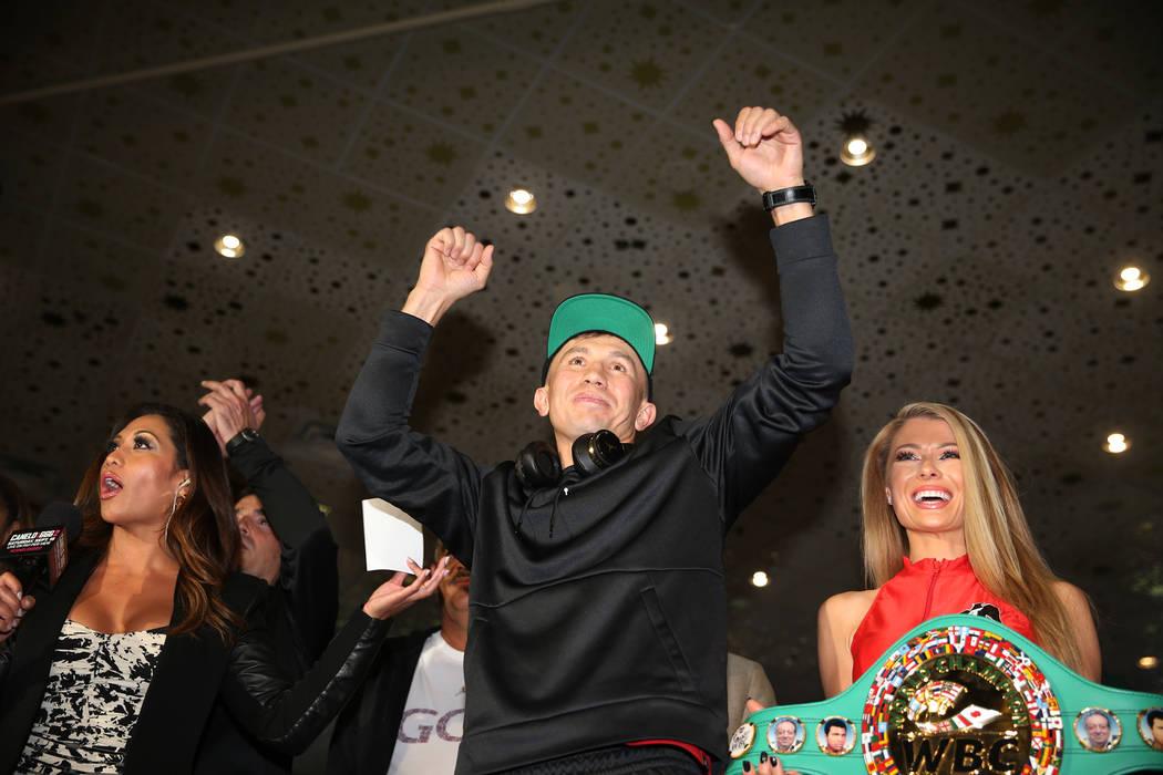 """Gennady Golovkin, en el centro, en el escenario durante las """"Grandes Llegadas"""" en el hotel-casino MGM Grand en Las Vegas, martes, 11 de septiembre de 2018. Erik Verduzco Las Vegas Review-Journal @ ..."""