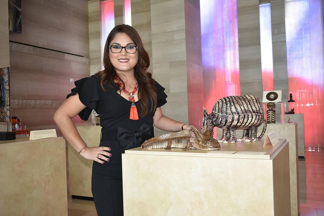 Brissa Yunuem Arana Torres es escultora en cerámica, originaria de México y aseguró sentirse orgullosa de sus raíces prehispánicas. Jueves 13 de septiembre en Las Vegas City Hall. Foto Anthon ...