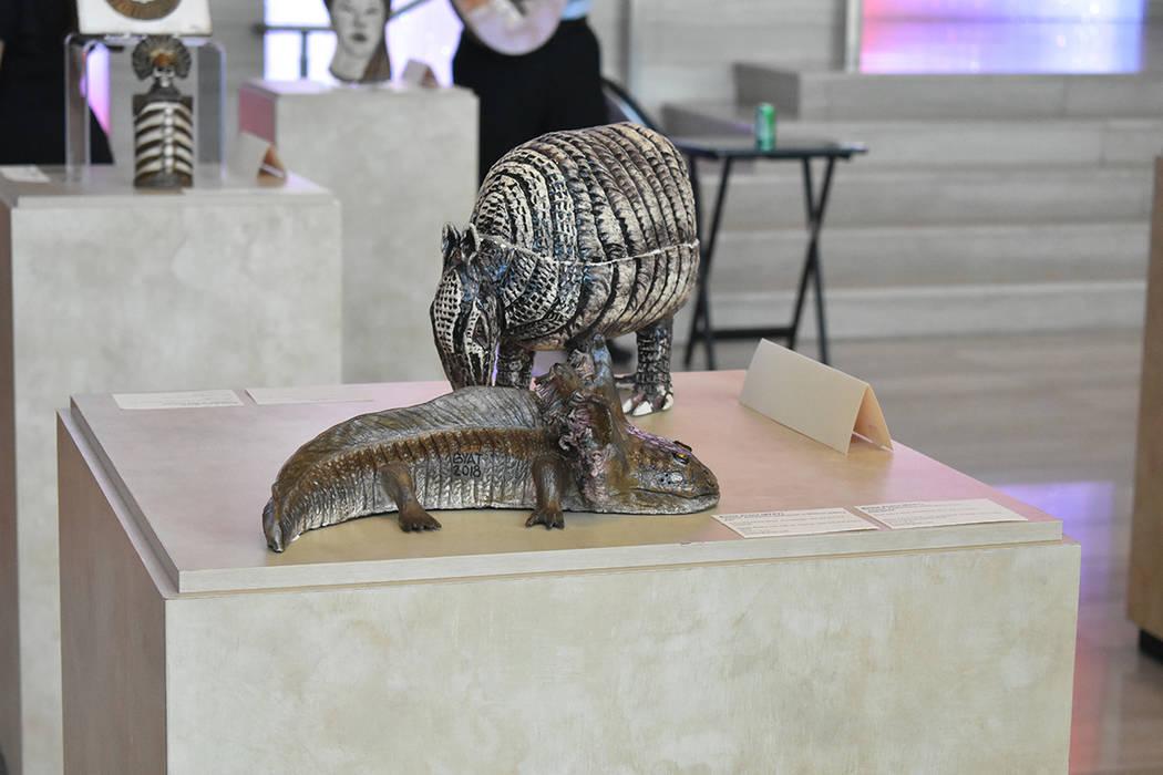 """La exposición """"De chile, mole y pozole"""" muestra 16 esculturas inspiradas en la época prehispánica de México. Jueves 13 de septiembre en Las Vegas City Hall. Foto Anthony Avellaneda / El Ti ..."""