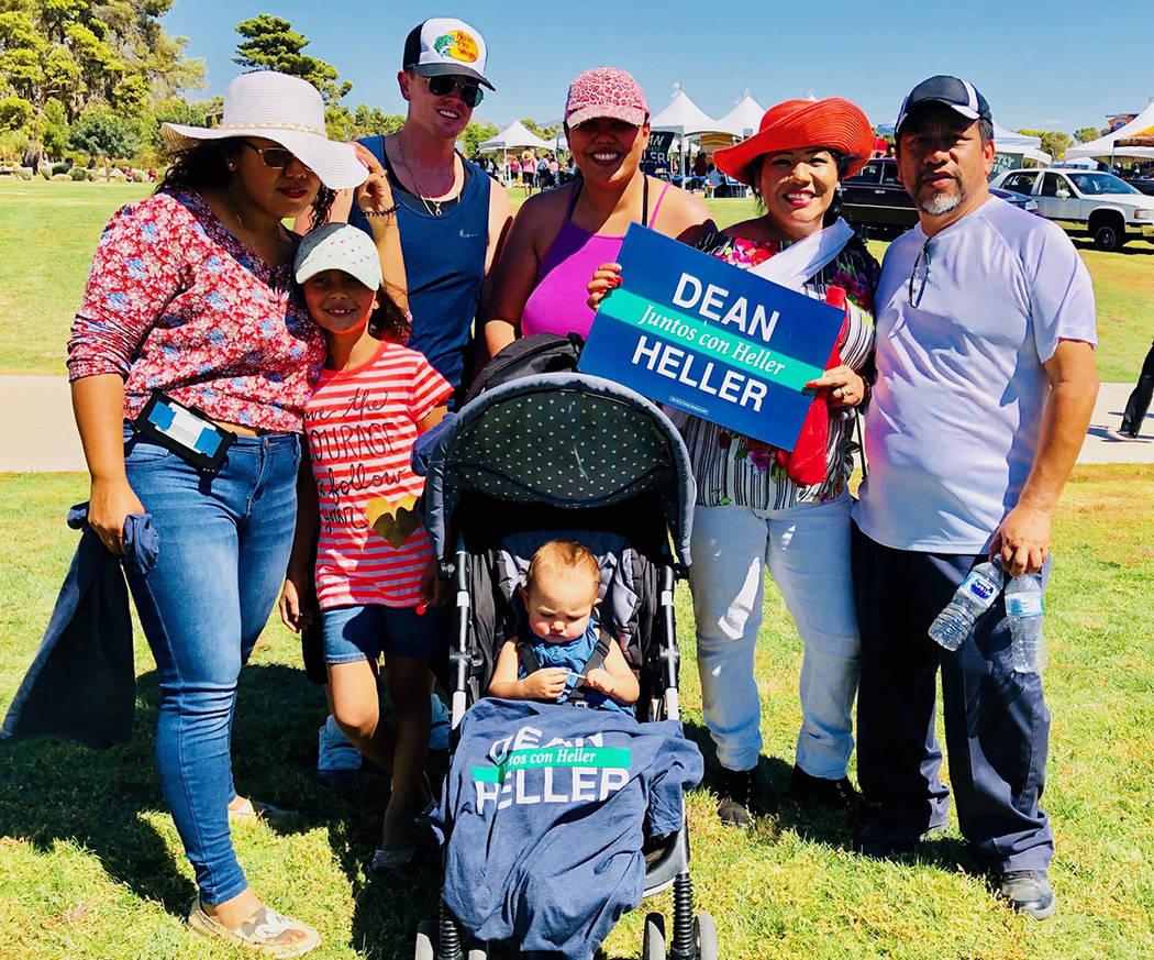 Simpatizantes del senador Dean Heller se sumaron a esta celebración. Sábado 15 de septiembre de 2018 en parque Craig. Foto Cortesía.