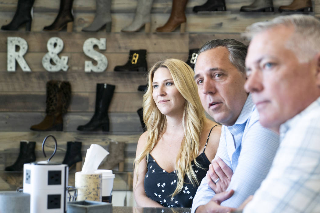Desde la izquierda, los cofundadores de Ross & Snow: Meghan Mossler, Fred Mossler y Steve Hill hablan sobre la compañía en una entrevista en su sede en el centro de Las Vegas, el lunes 10 de sep ...