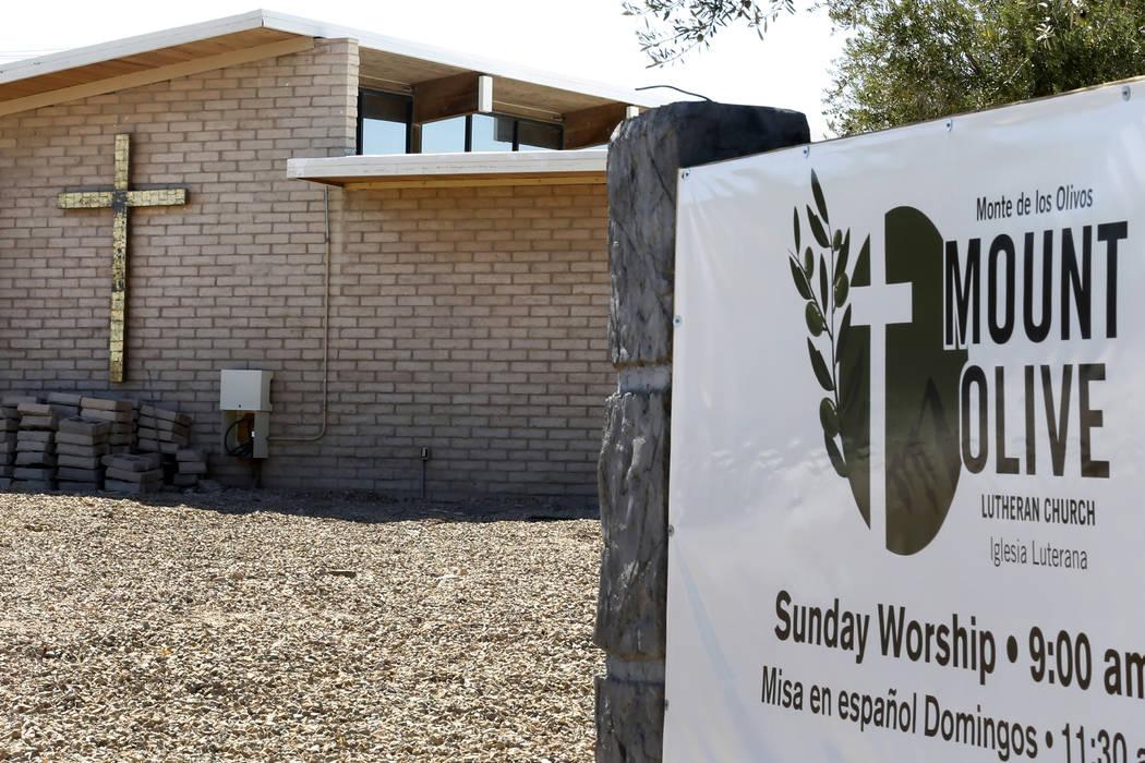 Mount Olive Lutheran Church en 3975 S Sandhill Road fotografiado el martes, 18 de septiembre de 2018, en Las Vegas. (Bizuayehu Tesfaye / Las Vegas Review-Journal) @bizutesfaye