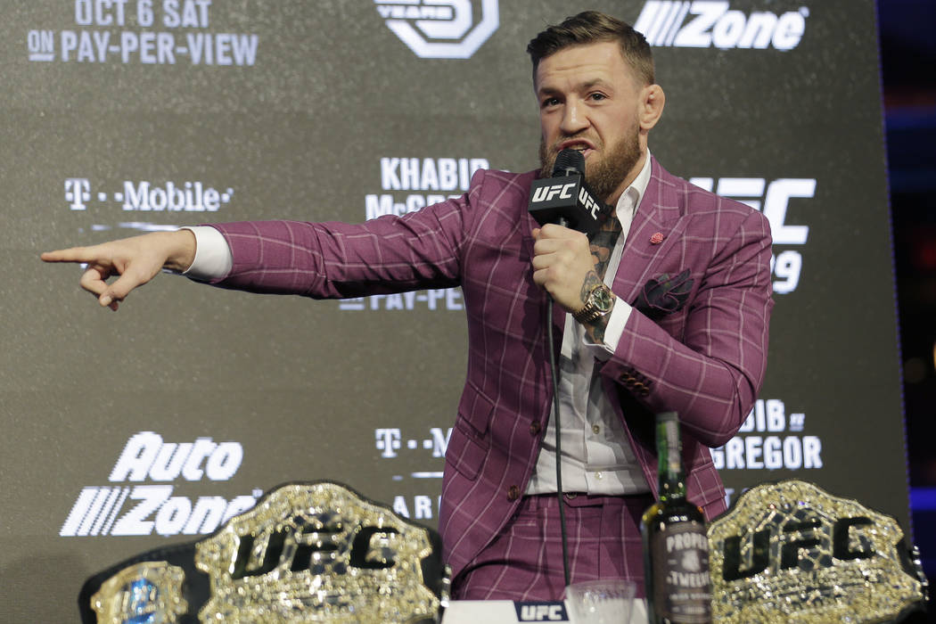 Conor McGregor participa en una conferencia de prensa en Nueva York, el jueves 20 de septiembre de 2018. McGregor regresará a UFC después de una ausencia de dos años. Lucha contra el invicto Kh ...