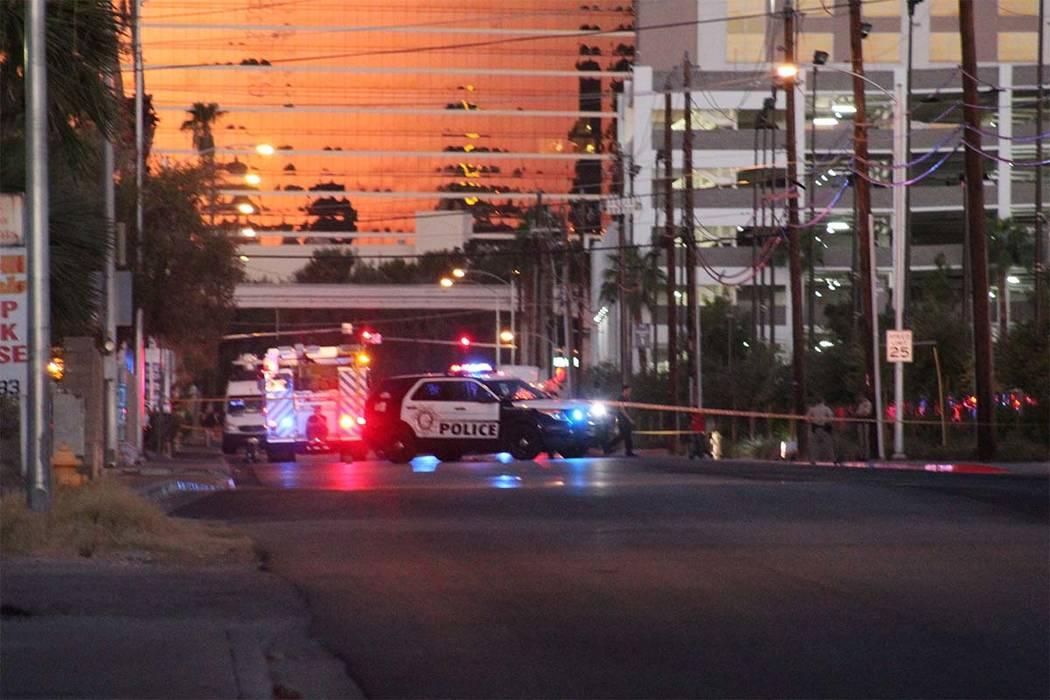 Los apartamentos han sido evacuados y la policía ha bloqueado Sierra Vista entre Swenson Street y Paradise Road el martes 25 de septiembre de 2018, después de que se descubriera un laboratorio d ...