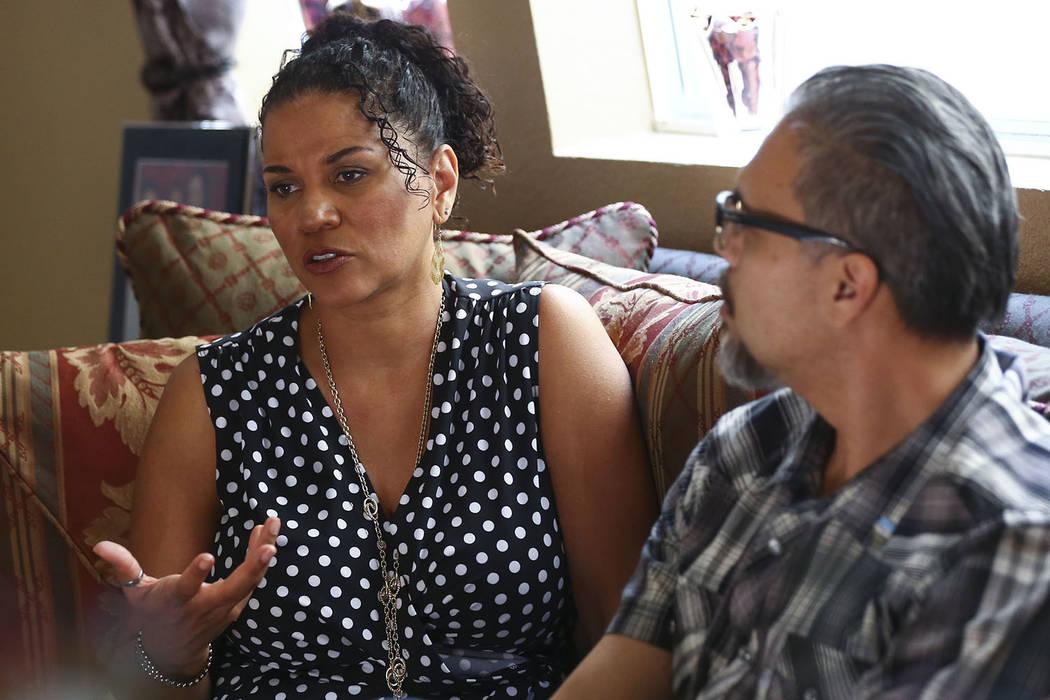 Lise-Lotte Lublin, con su esposo, Benjamín, habla sobre su experiencia de 1989 con Bill Cosby en Las Vegas el viernes 27 de abril de 2018. (Chase Stevens Las Vegas Review-Journal) @csstevensphoto