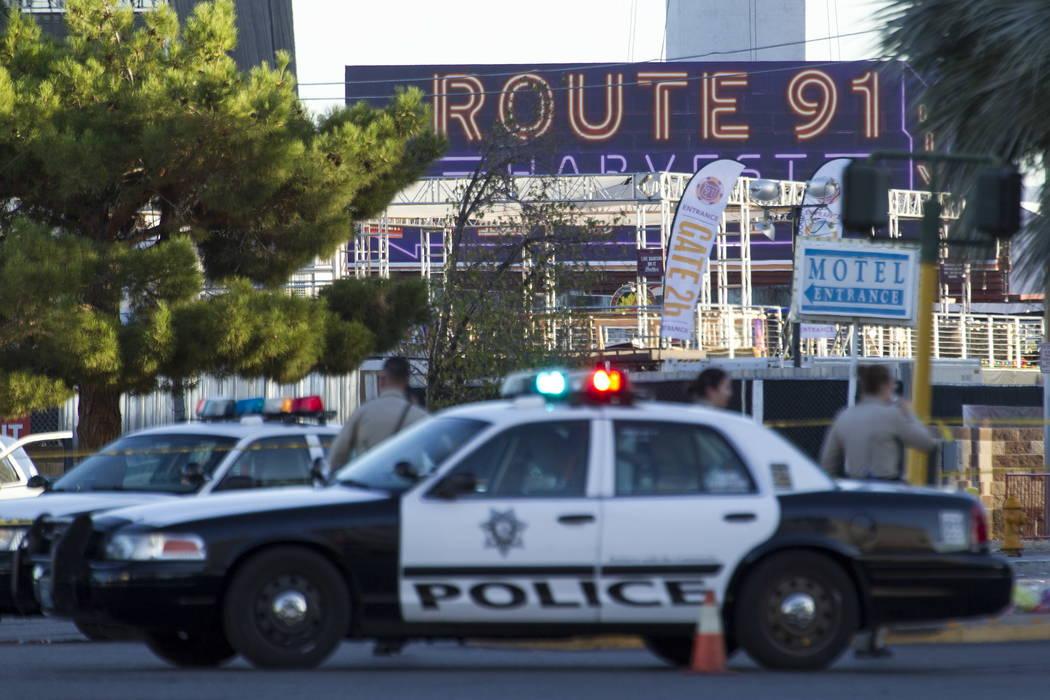 Una escena del 2 de octubre de 2017, el día después del tiroteo del festival Route 91 Harvest en Las Vegas. (Richard Brian / Las Vegas Review-Journal)
