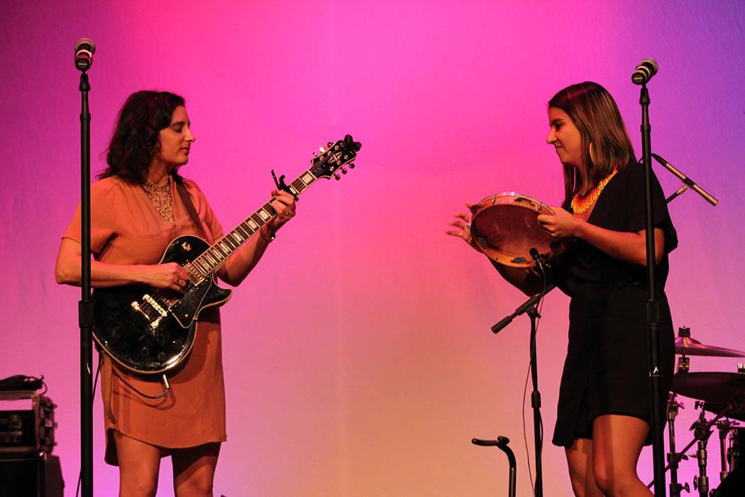 Cantan tanto en inglés, portugués y español. Viernes 28 de septiembre de 2018 en el Teatro Winchester. Foto Cristian De la Rosa / El Tiempo - Contribuidor.