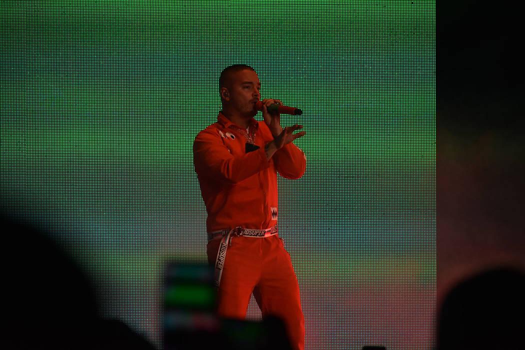 El cantante colombiano J Balvin ofreció un atractivo concierto donde destacó la producción audiovisual. Viernes 28 de septiembre de 2018 en el Centro de Eventos del Mandalay Bay. Foto Anthony A ...
