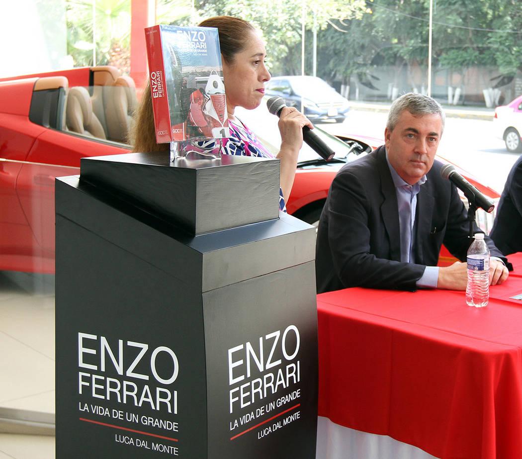 """México, 4 Oct 2018 (Notimex-Francisco García).- El libro biográfico de Enzo Ferrari """"La vida de un grande"""", escrito por Luca dal Monte, ya se encuentra disponible en español, con lo cual l ..."""