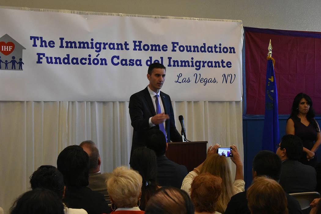"""""""Cuando tienes esperanza y acceso a servicios legales, entonces puedes tener ese sueño americano y fortalecer a tu familia"""": Wes Duncan, candidato a Fiscal General de Nevada. Viernes 12 de oc ..."""