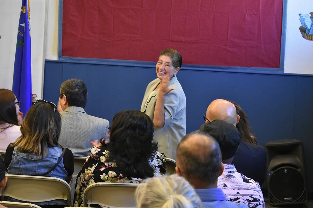 La ex-cónsul adscrita de México, Laura Espinosa, fue una de las invitadas especiales. Viernes 12 de octubre de 2018 en el Centro Comunitario Rafael Rivera. Foto Anthony Avellaneda / El Tiempo.