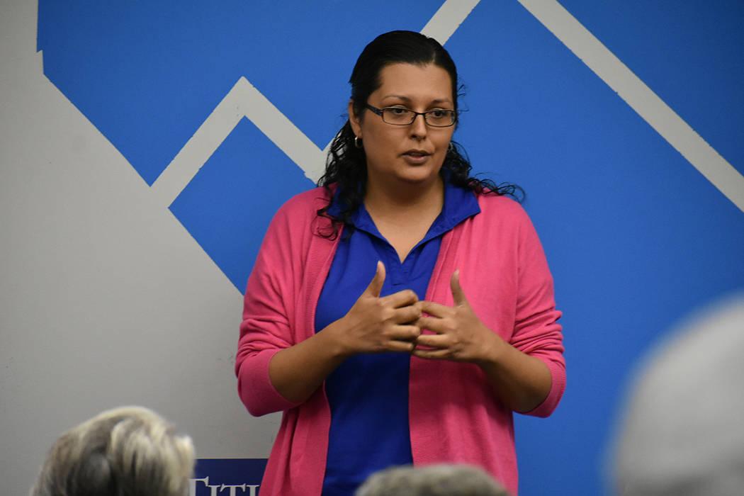 La asambleísta Olivia Díaz (Distrito 11) se ha caracterizado por trabajar para mejorar la educación de Nevada. Domingo 14 de octubre de 2018 en la oficina este de campaña del Partido Demócrat ...