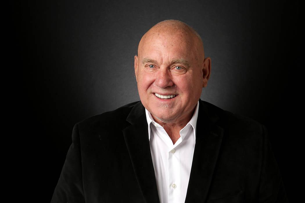 Dennis Hof, candidato republicano para el Distrito 36 de la Asamblea del Estado de Nevada, es fotografiado en las oficinas de Las Vegas Review-Journal el 20 de agosto de 2018. Michael Quine / Las ...