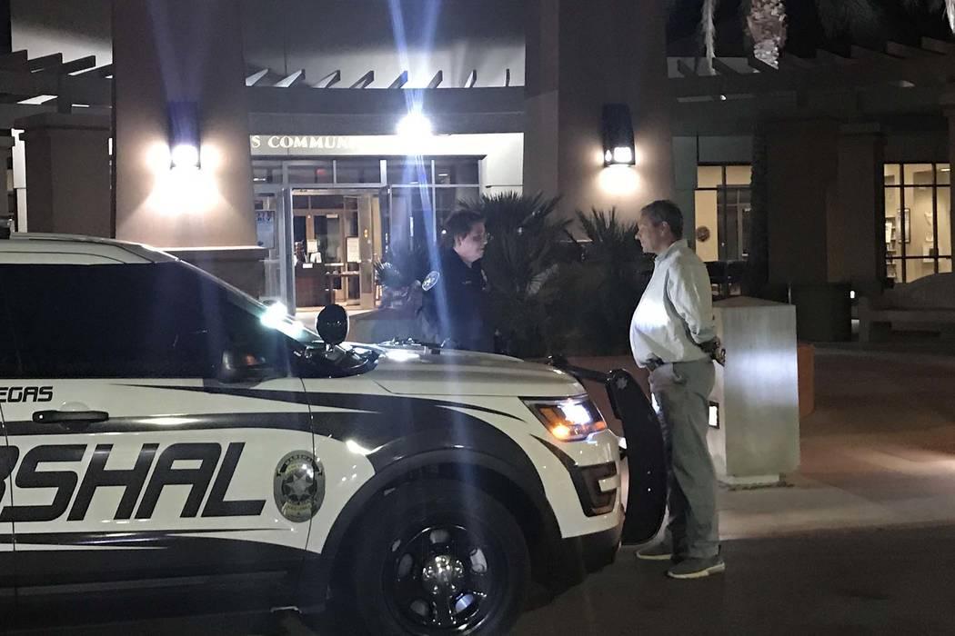 Wilfred Michael Stark fue arrestado el martes por la noche por los oficiales de la ciudad de Las Vegas después de un supuesto altercado físico con la gerente de campaña del candidato a gobernad ...