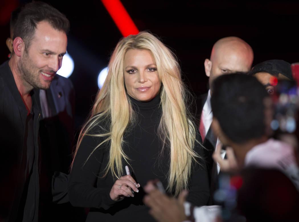 Britney Spears durante un evento para anunciar su nueva residencia en The Park Theatre en Park MGM el jueves 18 de octubre de 2018, en las afueras de T-Mobile Arena, en Las Vegas. (Benjamin Hager ...