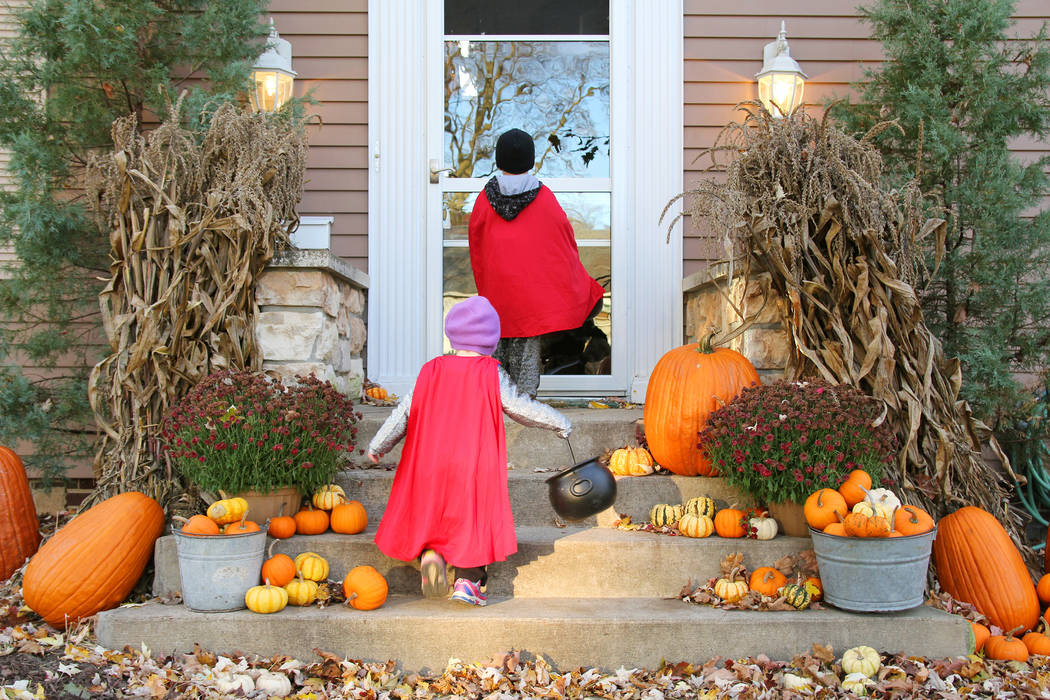 Después de 11 años de ocupar el primer lugar en la encuesta de consumidores de Halloween de la Federación Nacional de Minoristas, las princesas se ubicaron en el segundo lugar en la elección d ...
