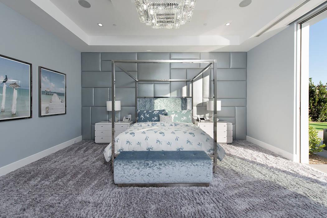 Un dormitorio secundario. (Steve Morgan)